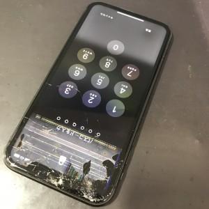 iPhoneXR 画面液晶交換修理