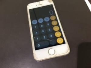 iphoneSE 重度破損端末