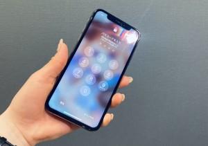 アイフォンXS ガラスコーティング