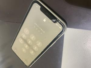 iPhone11 画面液晶交換修理