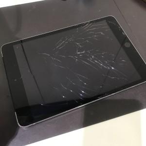 iPad mini3 フロントパネル修理