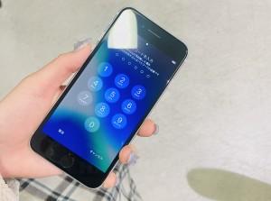 アイフォンSE2 ガラスコーティング