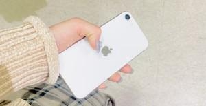 アイフォンSE2 背面ガラスコーティング
