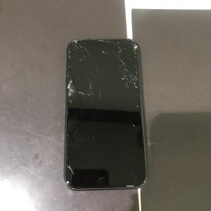 iPhoneXS Max 画面故障