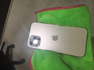 アイフォン12Pro スマホガラスコーティング