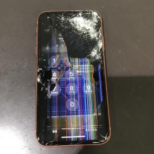 アイフォンXR 画面液晶故障