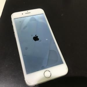 iPhone6s 水没による液晶故障