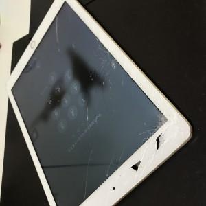 iPadAir フロントガラス交換修理