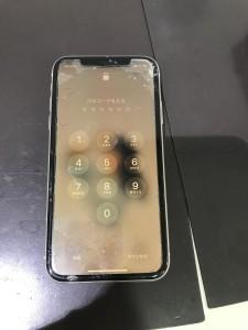 iPhone11 画面割れ
