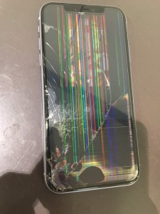 iphone11 液晶故障修理