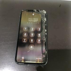 アイフォンXR フロントパネル故障